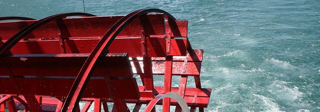tennesee-river-boat.jpg